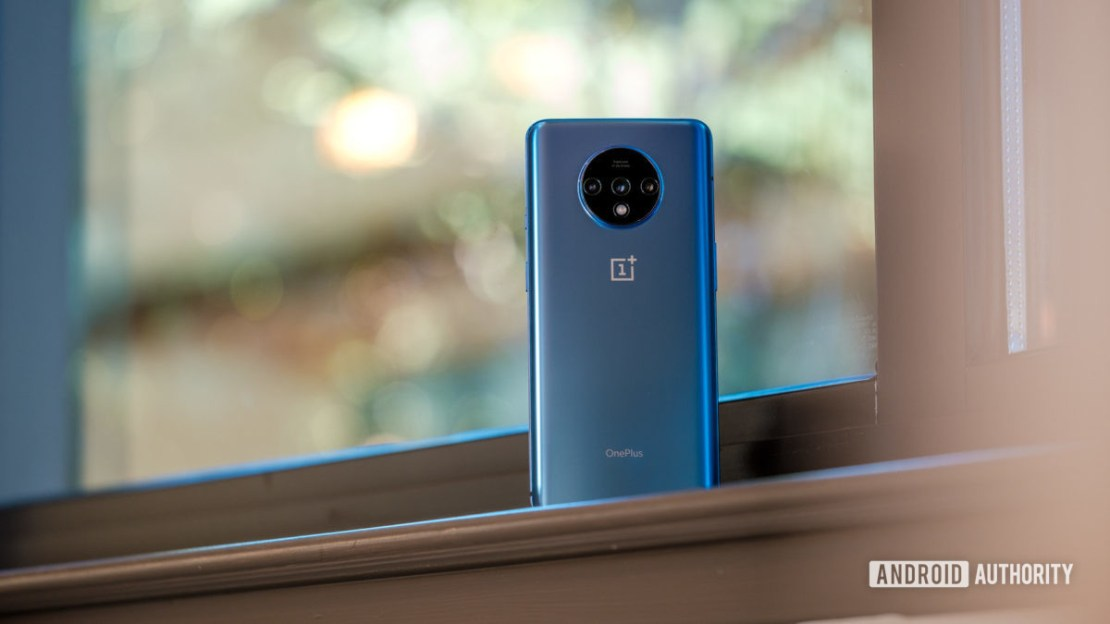 OnePlus 7T back on windowsill