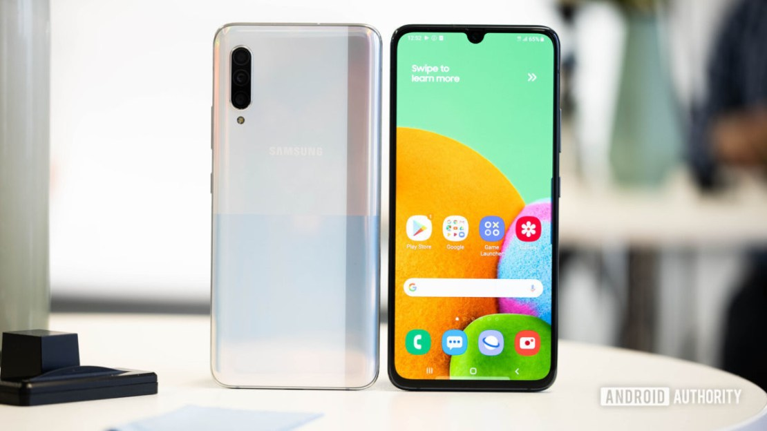 Samsung Galaxy A90 5G and black front and back - best phones under £500