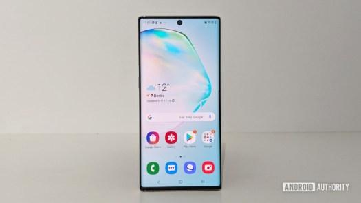 Samsung Galaxy Note 10 home screen display