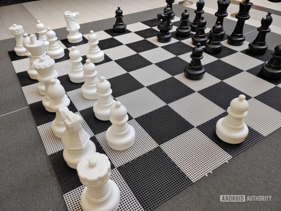 LG G8X ThinQ Обзор фото пример шахматной доски