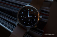 Moto 360 2019 review on book watch face 3