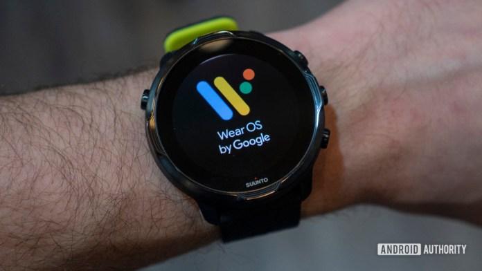 suunto 7 wear os logo on wrist