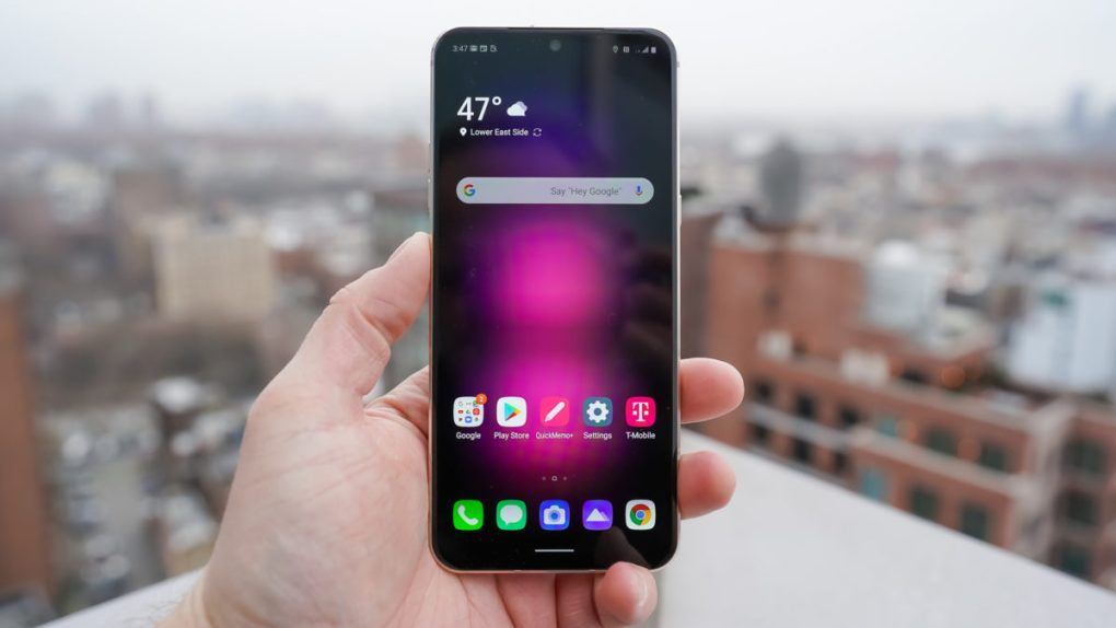 LG V60 ThinQ 5G front surface