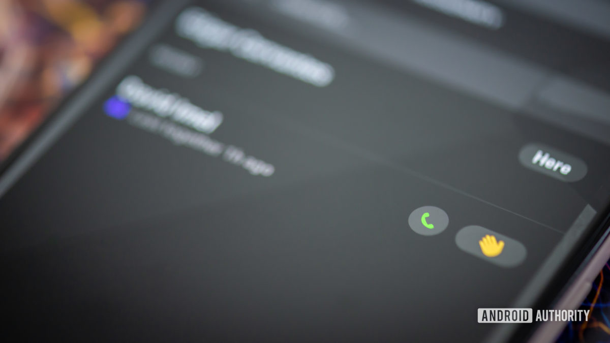 Приложение Houseparty на смартфоне, стоковая фотография, звонок