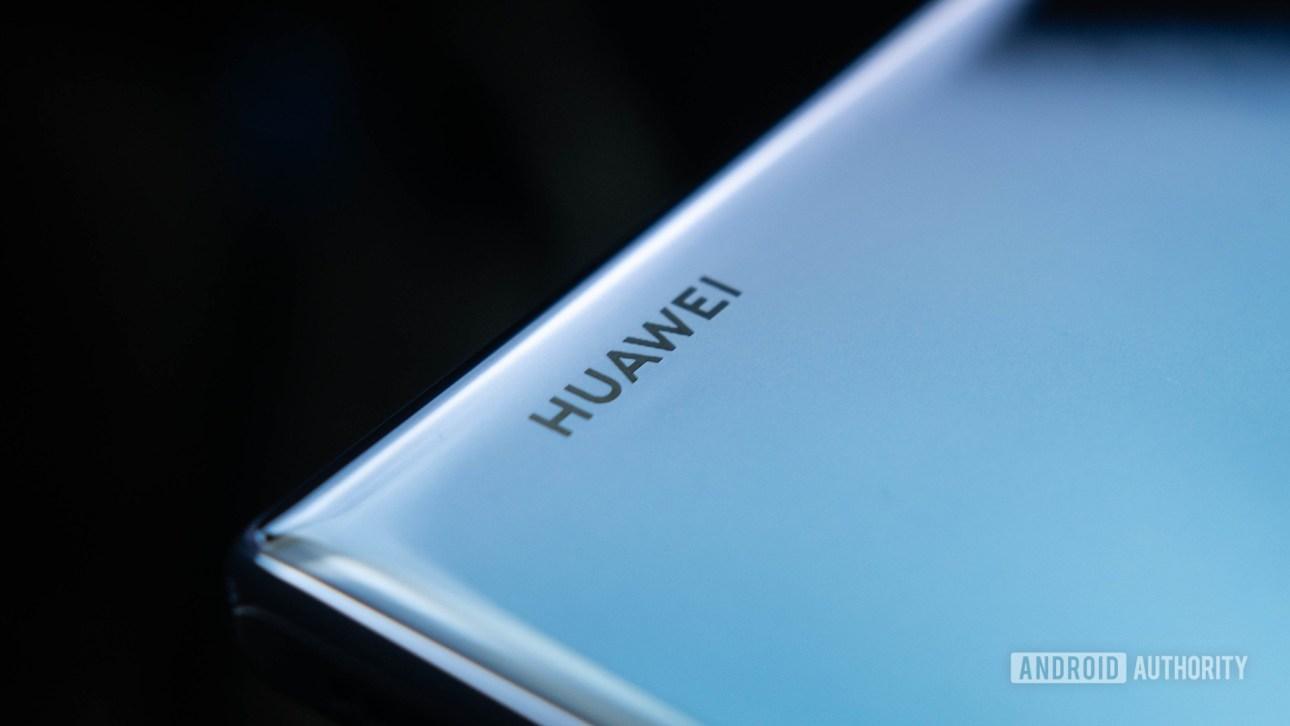 Логотип Huawei Mate 30 Pro