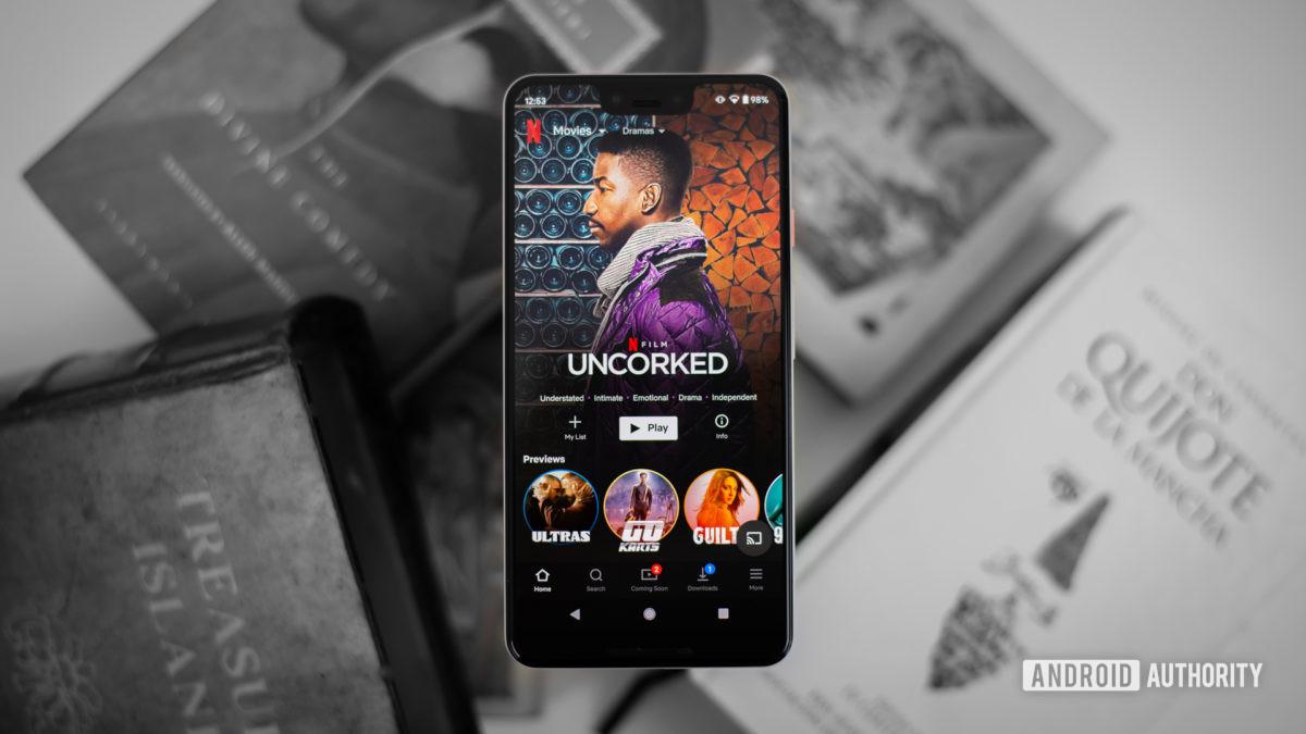 Dramas Netflix em foto de estoque de smartphone 1