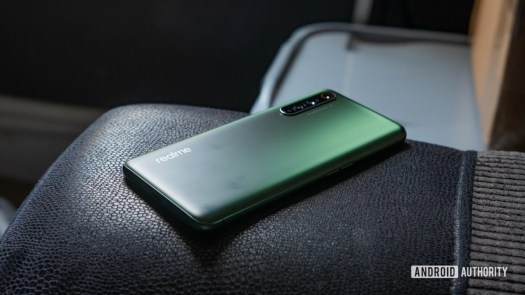 Realme X50 Pro 5G Color changing back