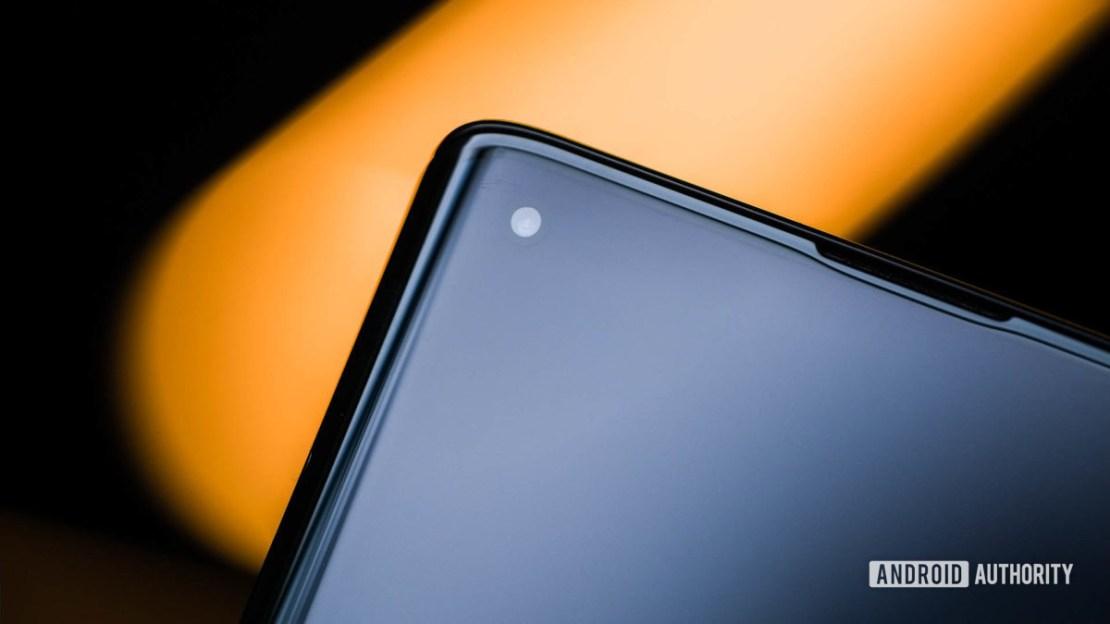 Motorola Edge punch hole 2