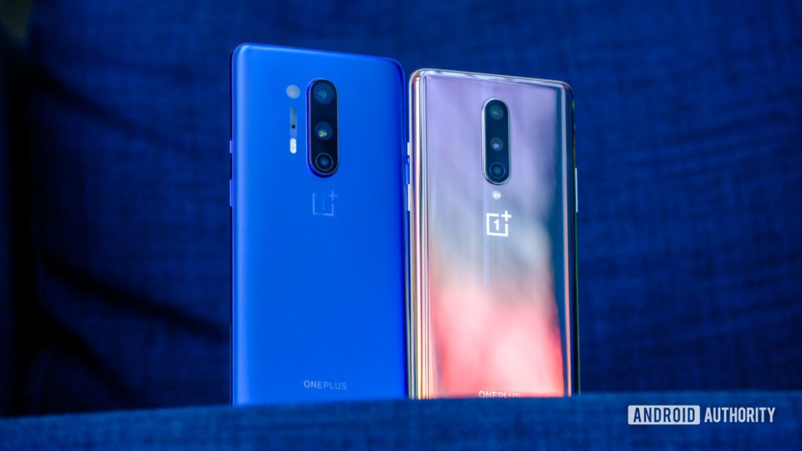 OnePlus 8 Pro vs OnePlus 8 backs