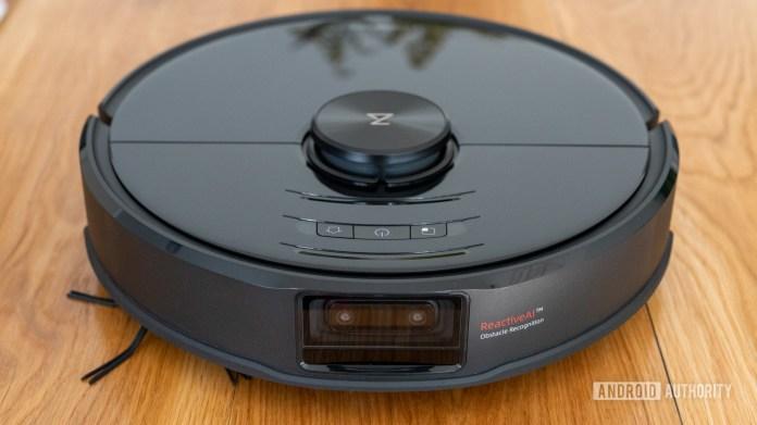 Roborock S6 MaxV robot vacuum cleaner top front view
