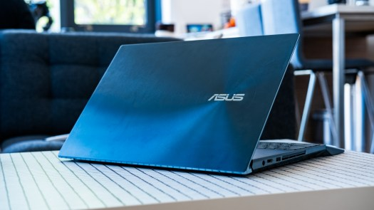 Asus Zenbook Pro Duo lid profile