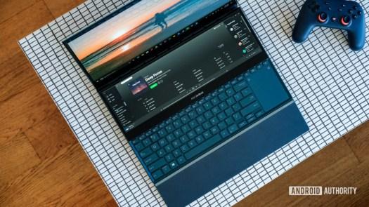Asus Zenbook Pro Duo screen and keyboard top down