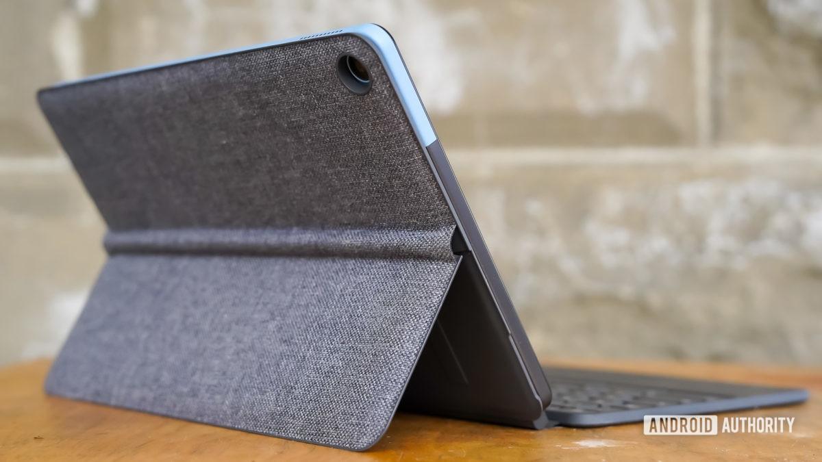 Perfil traseiro do Lenovo Chromebook Duet