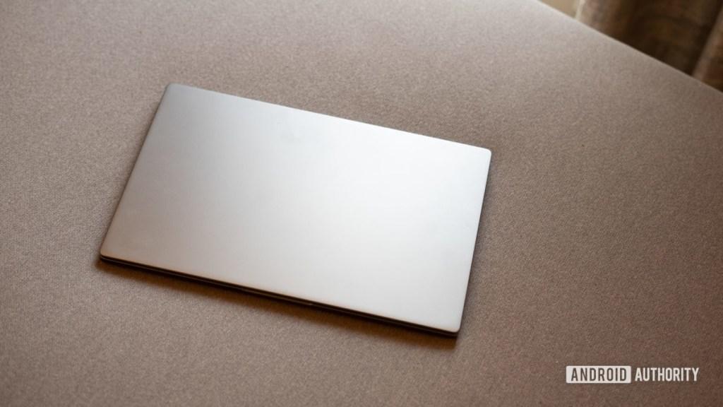 Снимок профиля MI Notebook 14 Horizon с верхней крышкой