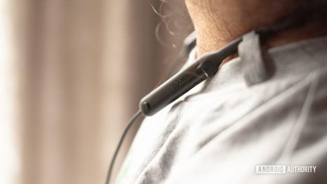 OnePlus Bullets Wireless Z oneplus logo