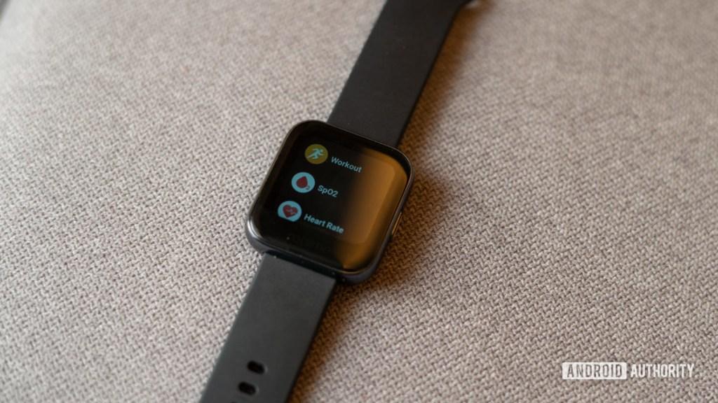 Встроенные приложения Realme Watch