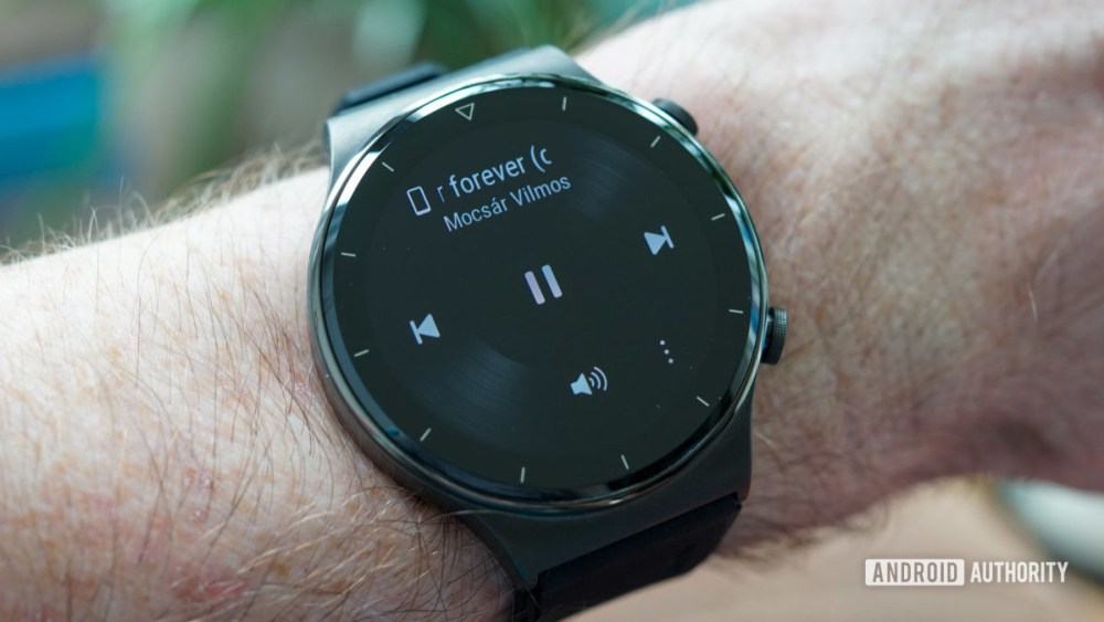 Huawei Watch GT 2 Pro music playback controls