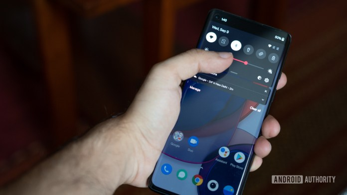 OnePlus Oxygen OS 11 Android 11 brightness control close up