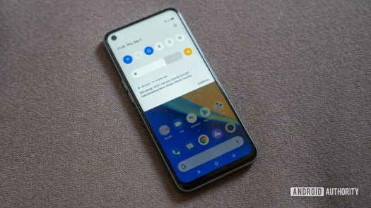 Realme 7 with Realme UI and notifications