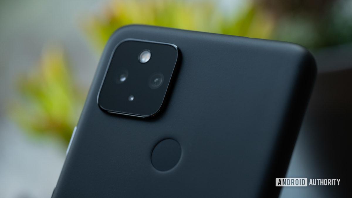 Google Pixel 4a 5G camera macro 1