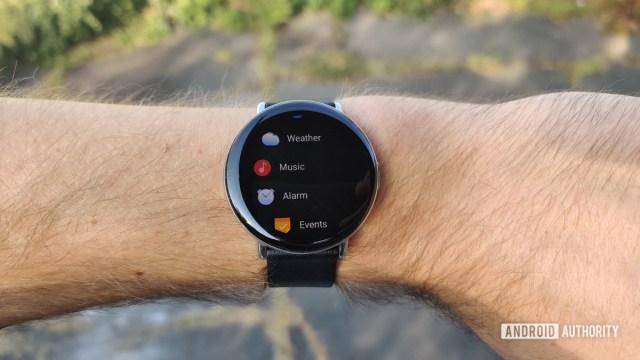 Обзор Zepp E Circle о наручных приложениях