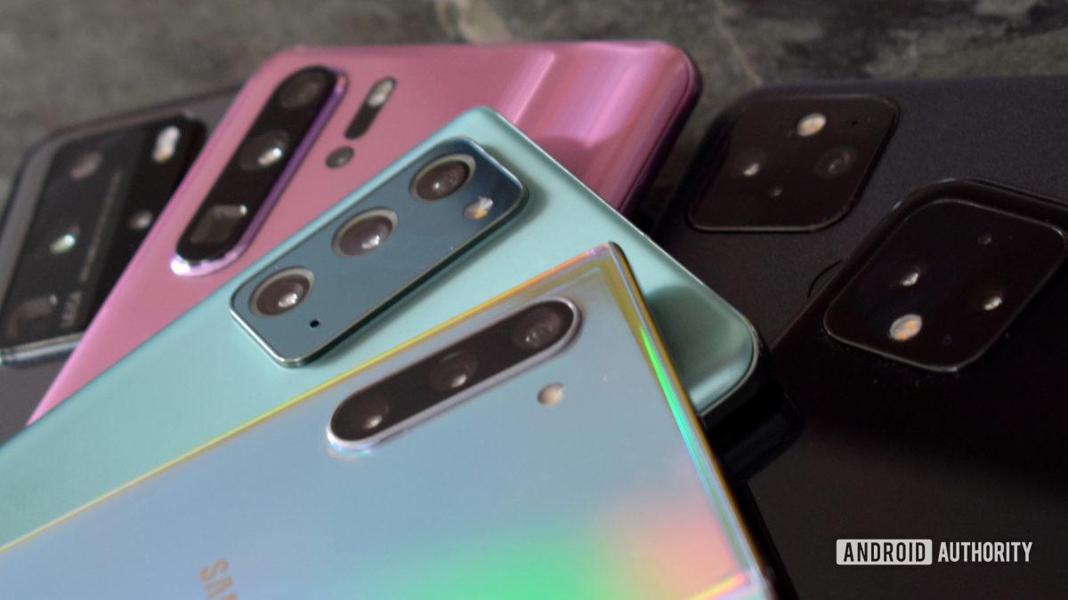 2019 vs 2020 telefones com câmera 1