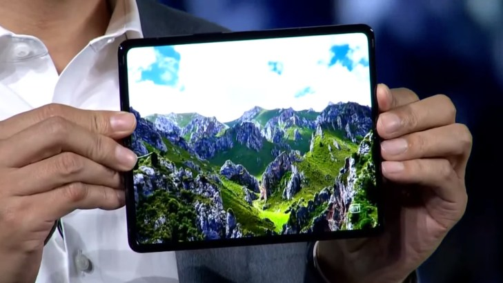 Xiaomi Mi Mix Fold real world image