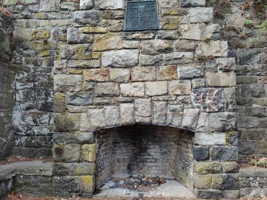 OnePlus 9 Pro camera sample fireplace