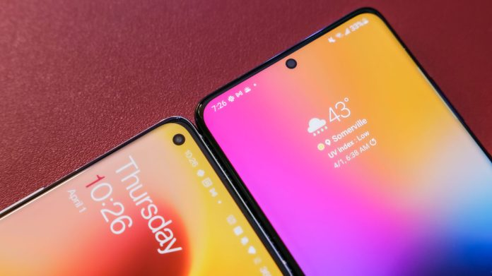OnePlus 9 Pro vs Samsung Galaxy S21 Ultra displays on red background