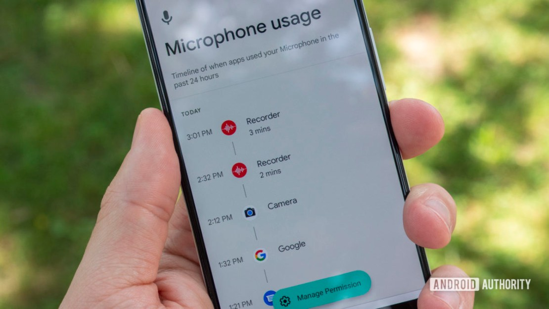 android 12 beta 2 privacy dashboard microphone usage permission history