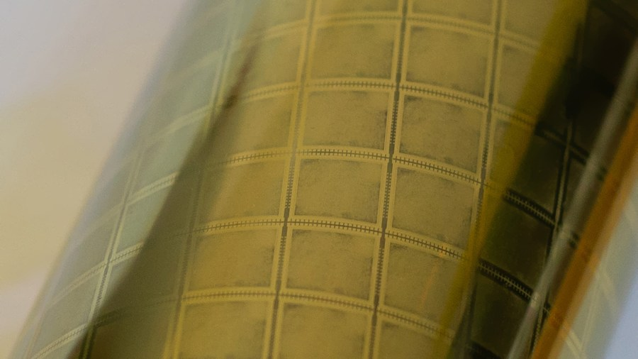 arm flexible plastic chip