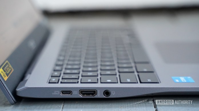 Acer Chromebook 515 left ports