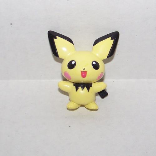 Pokemon Pichu Tomy Figure