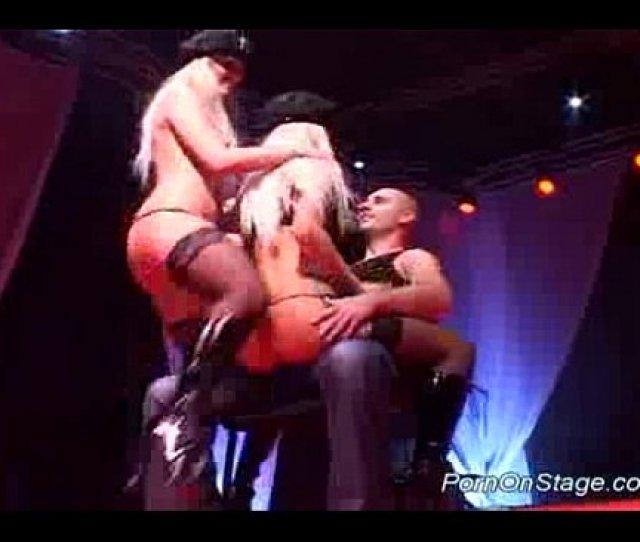 Porn On Stage Lesbian Stripper Xnxx Com
