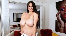 Sofia Santana:  Sin senos grandes, no hay alegría