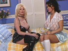 Penelope Pumpkins & Extacy: Big  Tit Girls In Heat