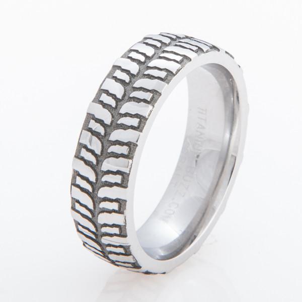Womens Titanium Mud Bogger Ring Titanium Buzz
