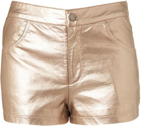 https://i2.wp.com/cdna.lystit.com/photos/2012/06/28/topshop-bronze-metallic-bronze-shorts-product-1-4025581-924257787_large_flex.jpeg
