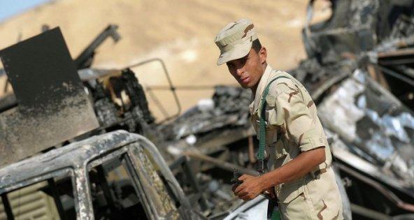 جندي مصري في سيناء