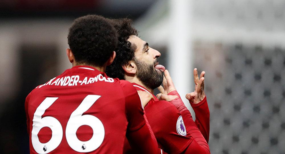 علامة استفهام في احتفال محمد صلاح الجديد ومدرب ليفربول