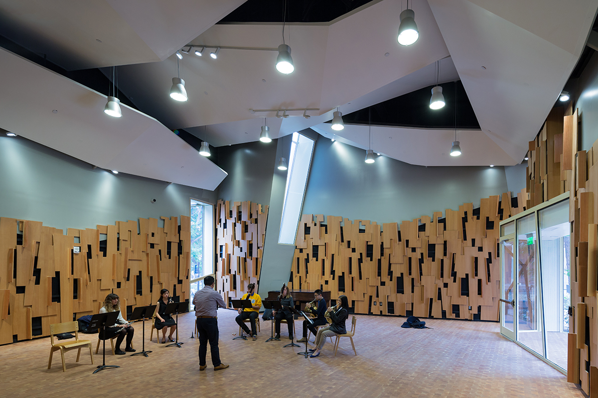 Evelyn And Mo Ostin Music Center At UCLA Architect