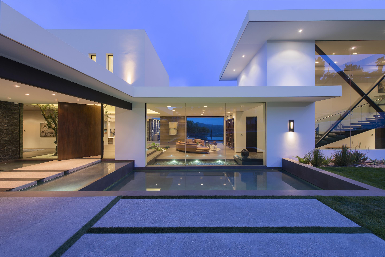 Benedict Canyon Architect Magazine Whipple Russell Architects Beverly Hills CA USA