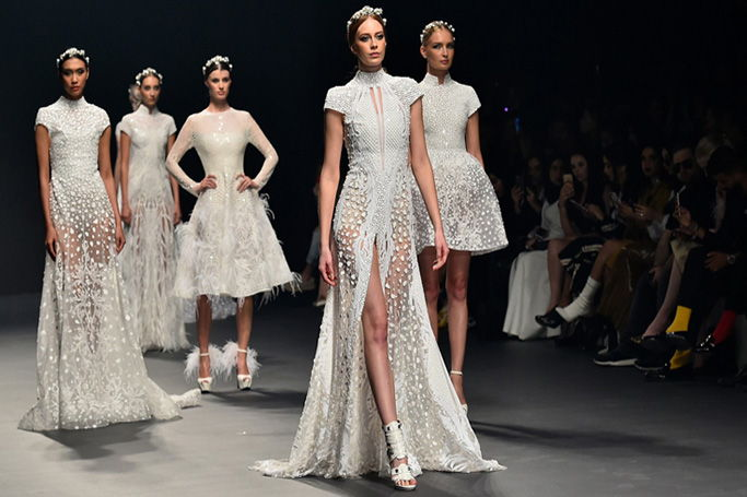 Bridal Looks From Fashion Forward Dubai 2017   ewmoda Fashion Forward Dubai Bridal looks from the runway