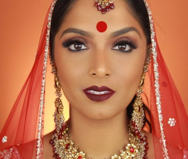 5 Desi Beauty Bloggers You Need To Follow