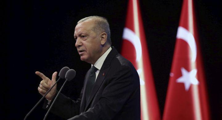 Erdogan accuse des agences de notation de tenter de nuire à la Turquie