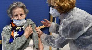 Les Français pour le passeport vaccinal? «Ils sont terrifiés et prêts à céder leurs libertés individuelles»