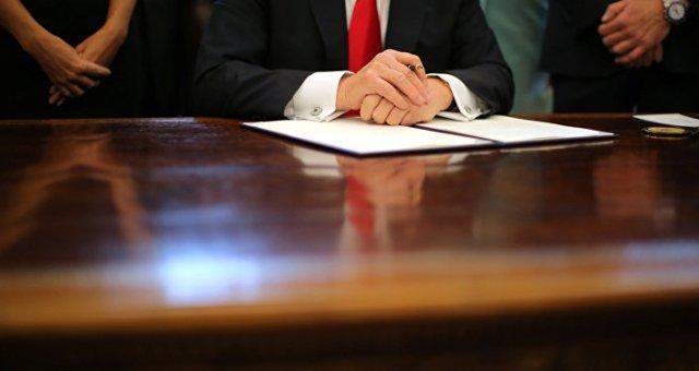 Immigration: un journaliste US explique les aspects positifs du décret Trump