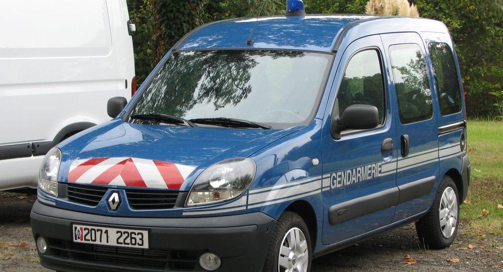 Ces détails de la reconstitution des faits qui ont menés à la libération du gendarme ayant abattu un routier