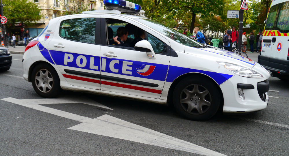 Violences policières: «la vidéo de la mort de George Floyd rappelle le cas de Cédric Chouviat»