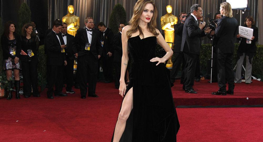 Angelina Jolie, ambassadrice de bonne volonté de l'Onu, fête son 45e anniversaire